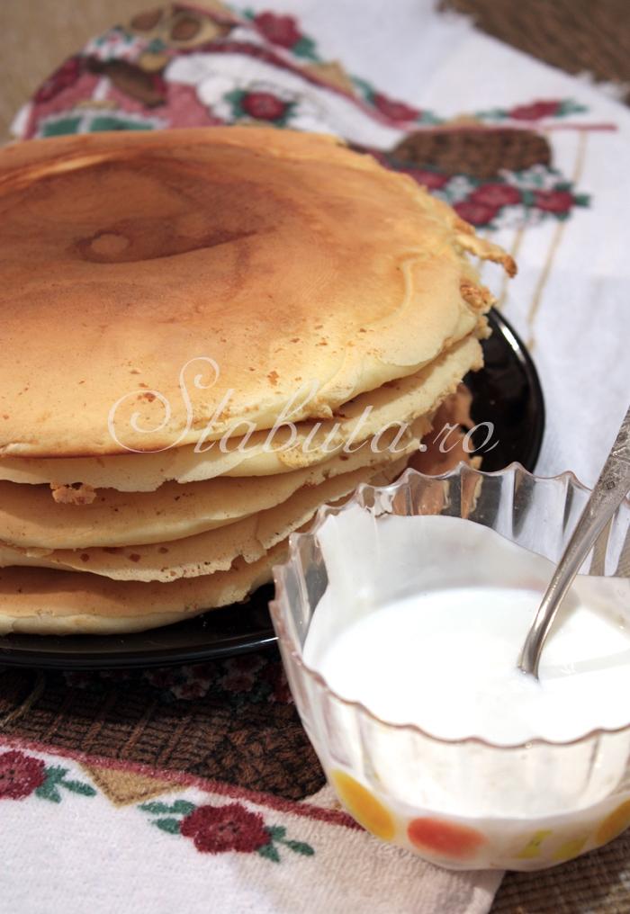 pancakes 02 Pancakes (clatite americane dietetice)