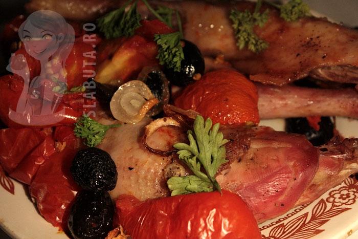 pulpe pui cuptor Pulpe pui la cuptor cu legume