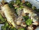 crap broccoli ciuperci 130x98 Crap cu ciuperci si broccoli, la cuptor