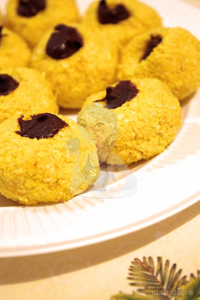 mingiute cocos 02 Mingiute de cocos Slabuta (reteta Craciun)