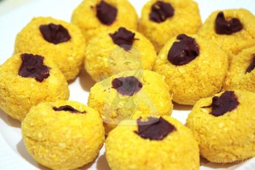 mingiute cocos 03 522x348 Mingiute de cocos Slabuta (reteta Craciun)