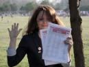 adella formulare semnaturi 130x98 Strangere semnaturi in Parcul Lumea Copiilor