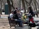 adella voluntar petitie pentru dreptul la o viata sanatoasa 130x98 Strangere semnaturi in Parcul Lumea Copiilor