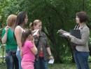 diana voluntar campania strangere semnaturi 130x98 Strangere semnaturi pentru Prima Petitie Nationala pentru dreptul la o viata sanatoasa, in Parcul Cismigiu